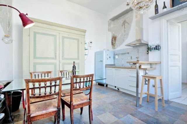 Rome Colosseum Loft (Airbnb): Dining Area/Kitchen