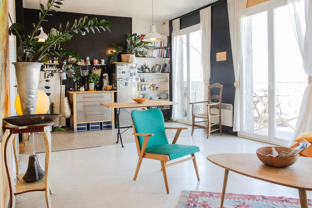 Marseille Penthouse Apartment (Airbnb): Seating Area and + Kitchen