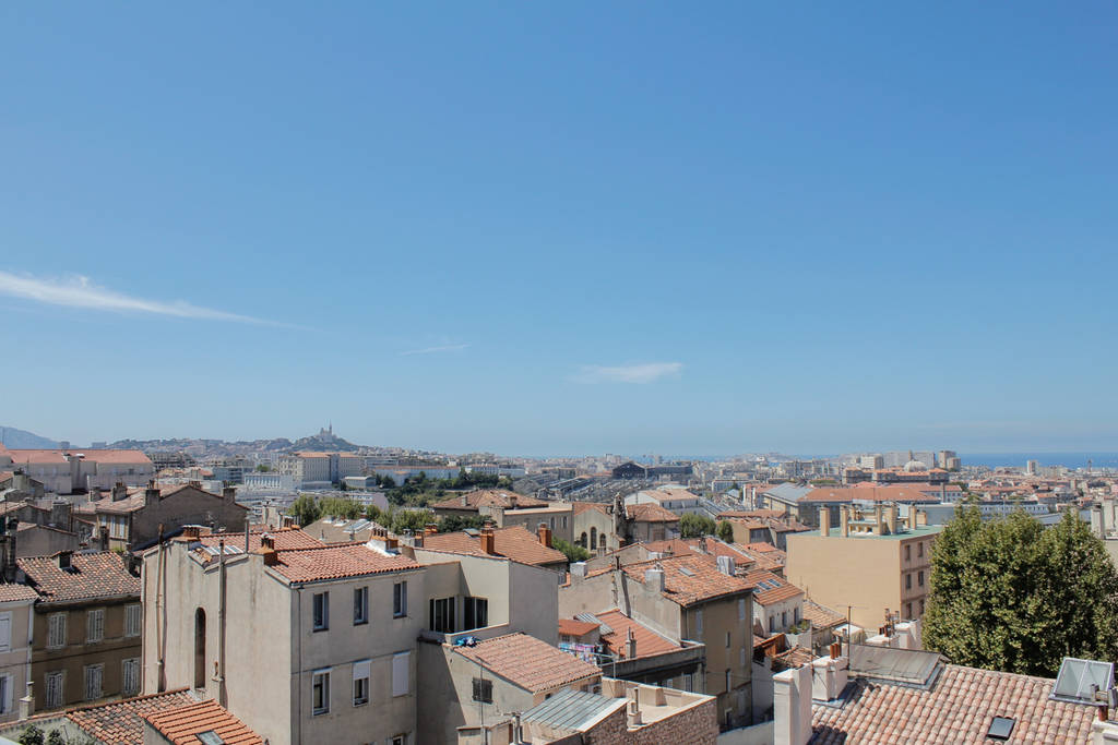Marseille Penthouse Apartment (Airbnb): West Terrace View